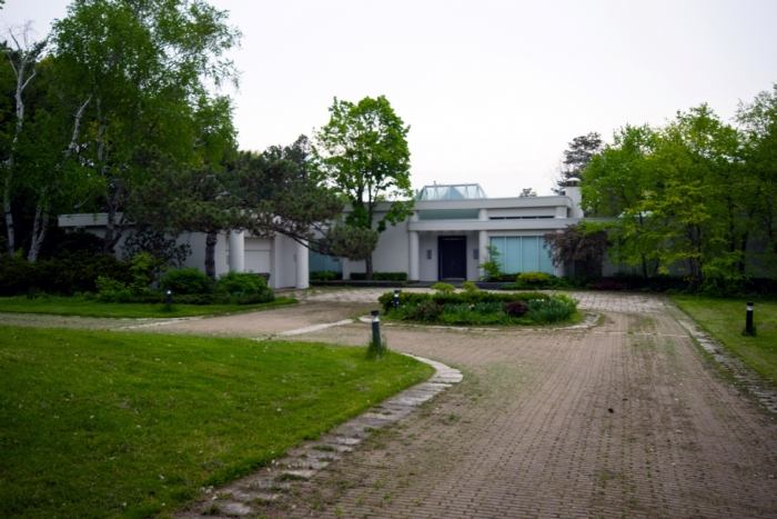 Wasted Space Million Dollar Mansion Ontario