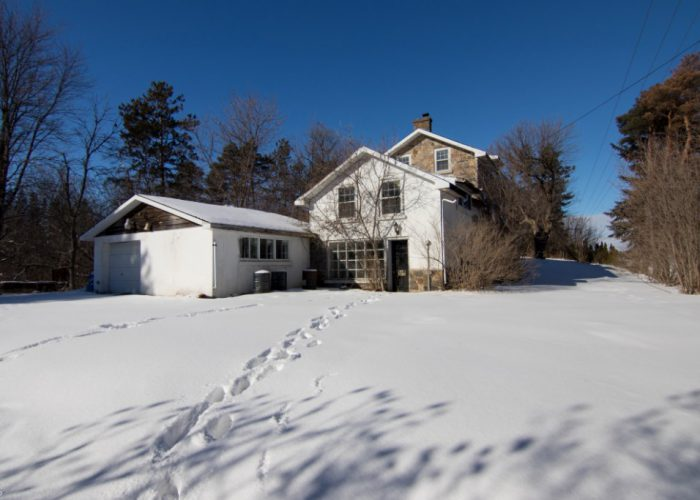abandoned ontario house with painting art