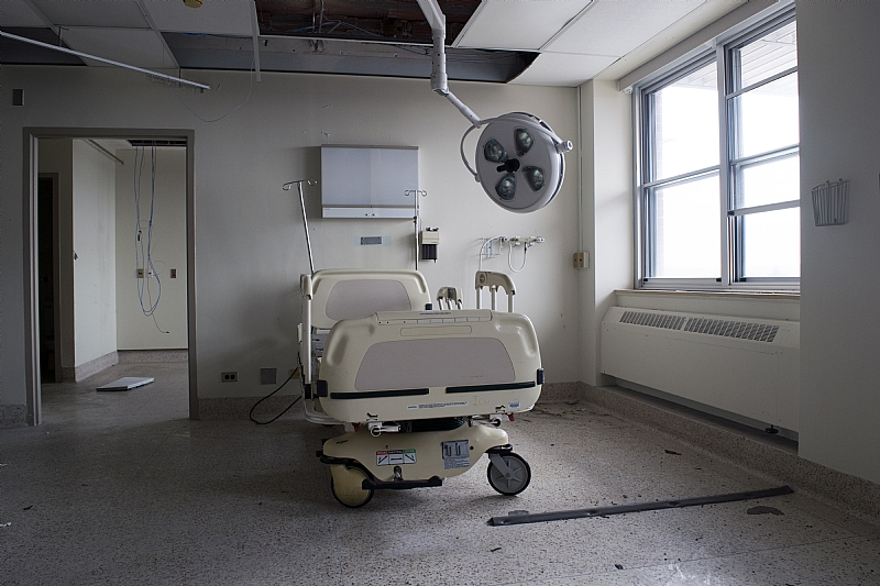 lone hospital bed - St. Catharines General Hospital